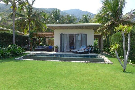 Mia Resort Nha Trang: Beach front room