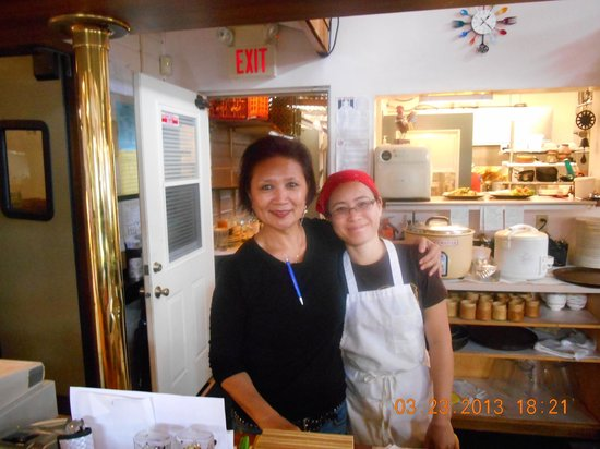 Thai Thai Restaurant : Michelle and Sunsta