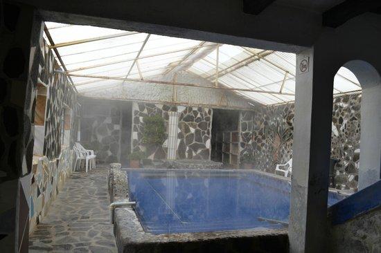 PampaLlacta Termales Hostel: indoor thermal