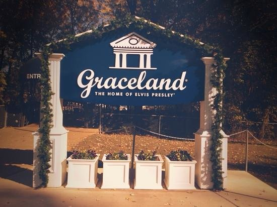 Graceland: awesome