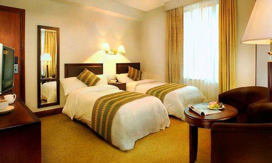 Shamrock Hotel: Superior Room