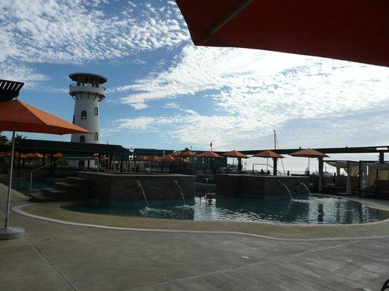 Tesoro Los Cabos: pool side