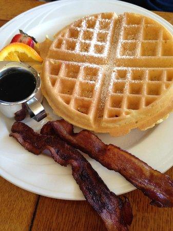 VI Restaurant & Bar: Belgian Waffle w/Bacon