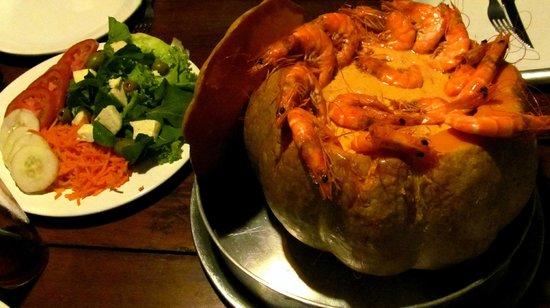 Papoula Culinaria Artesanal: Camarao na abobora