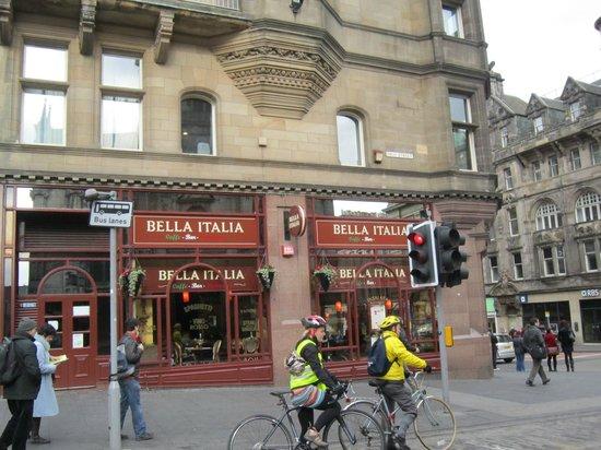 Holiday Inn Express - Edinburgh City Centre : Любимый итальнский ресторанчик в центре города.