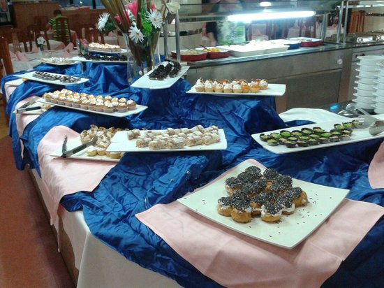 Marconfort Beach Club Hotel : Pastelitos