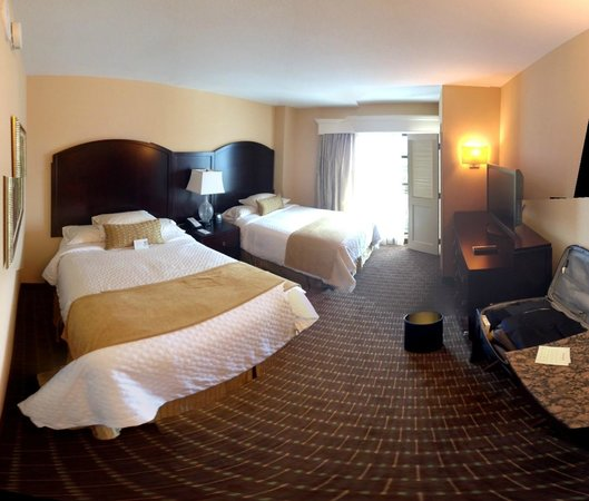 Embassy Suites by Hilton Orlando Lake Buena Vista South: Nice isolated bed room