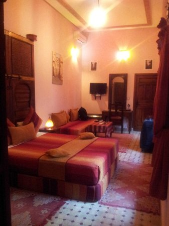 Riad Ahlam: room