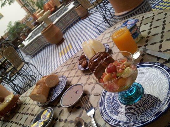Riad Ahlam: breakfast