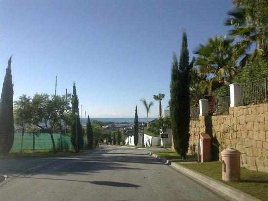 Villa Padierna Palace Hotel: По пути к отелю