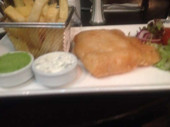 Walter Raleigh Hotel: Fish and chips