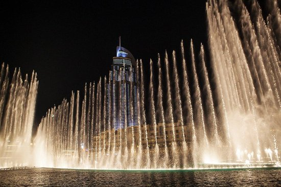 The Dubai Fountain: Фонтан