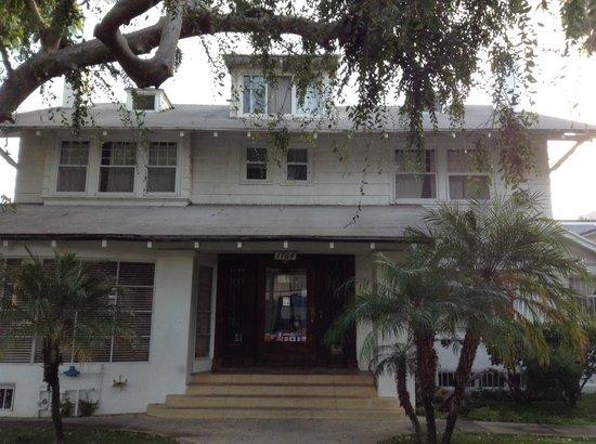 Orange Drive Hostel: отель