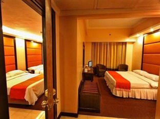 Hotel Rembrandt: family suite  