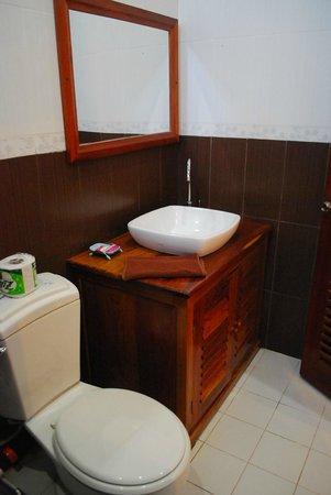 Mekong Moon Inn: ห้องน้ำสะอาด
