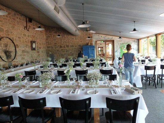 Magpies Nest Restaurant: Preparation for wedding - perfect venue!