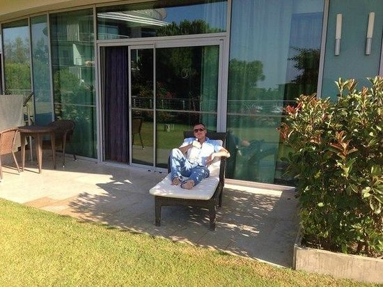 Calista Luxury Resort: на террасе