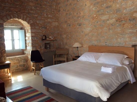 Antares Hotel: Δωμάτιο Λιακός