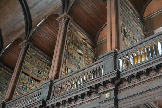 The Book of Kells and the Old Library Exhibition: otra vista de la biblioteca