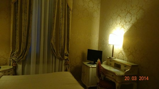 Hotel Canaletto: Intérieur chambre