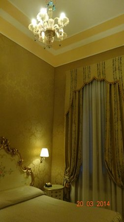 Hotel Canaletto : Intérieur chambre