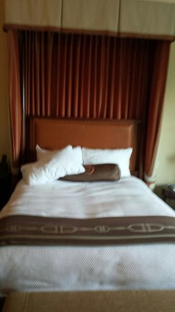 Salamander Resort & Spa: nice turn down service