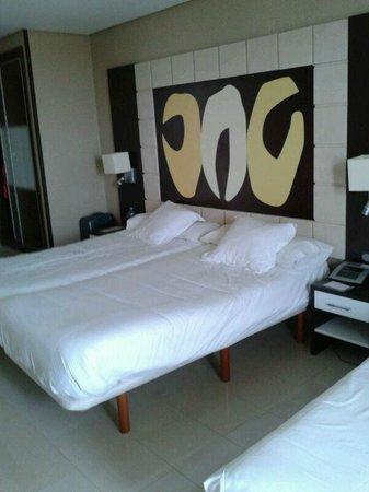 Marina d'Or Gran Duque: cama de gran tamaño