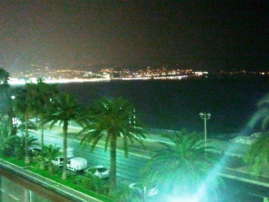 Radisson Blu Hotel, Nice : baie des anges vue chambre