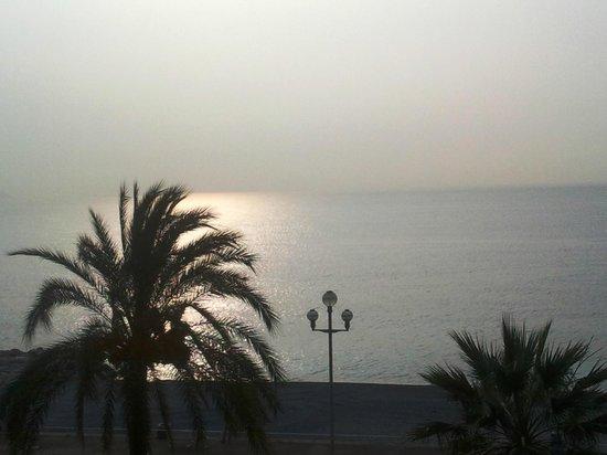 Radisson Blu Hotel, Nice : vue à l'aube