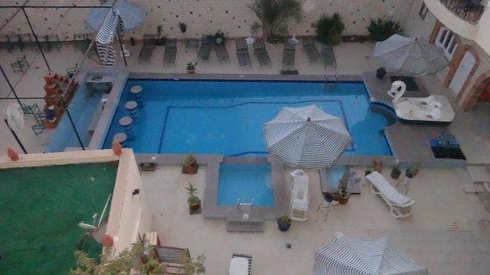 Nile Valley Hotel Restaurant : Het zwembad van het Nile Valley Hotel.