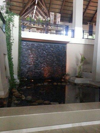 Asia Gardens Hotel & Thai Spa, a Royal Hideaway Hotel : Fuente de los deseos