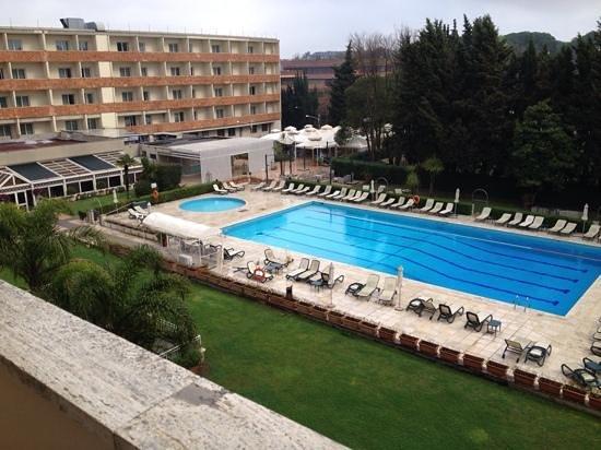 Crowne Plaza Rome - St. Peter's: piscina