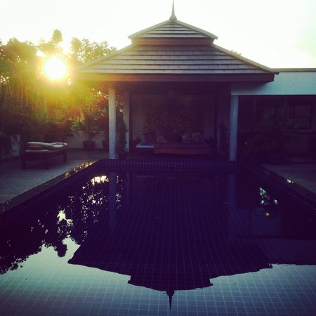 Phuket Cleanse: The upstairs pool by sun rise. So peaceful.