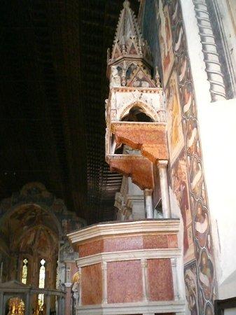 Chiesa di San Fermo : pulpito