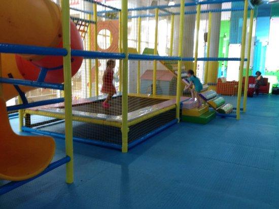 The Kids Club Phuket: Trampoline