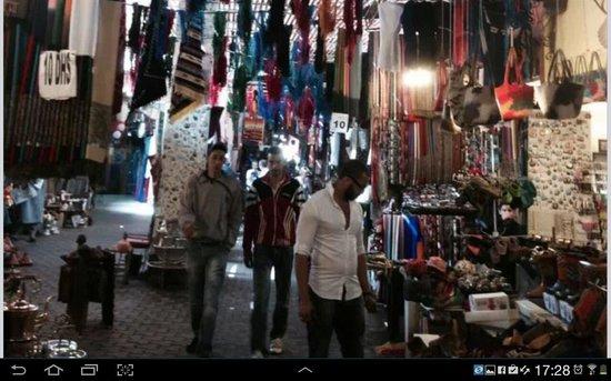Riad Farniente: market street