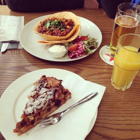 Caffe Esprit : Tortilla chili et tarte aux pommes