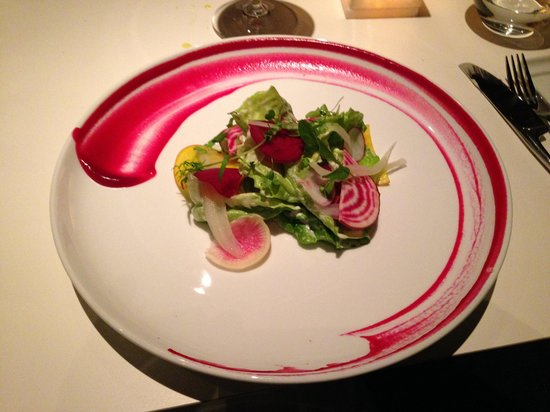 Hotel Domestique: Beet salad at Restaurant 17