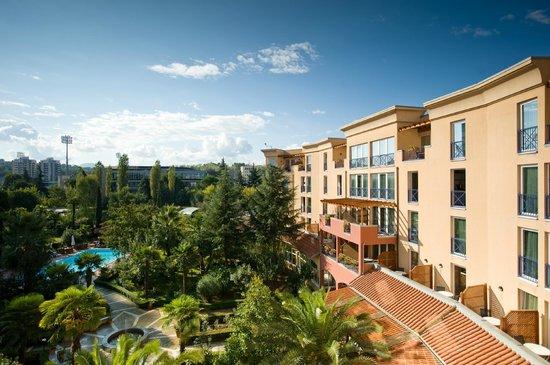 Rogner Hotel Tirana: Garden view rooms