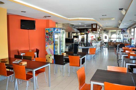 Hotel El Cruce: Cafetería
