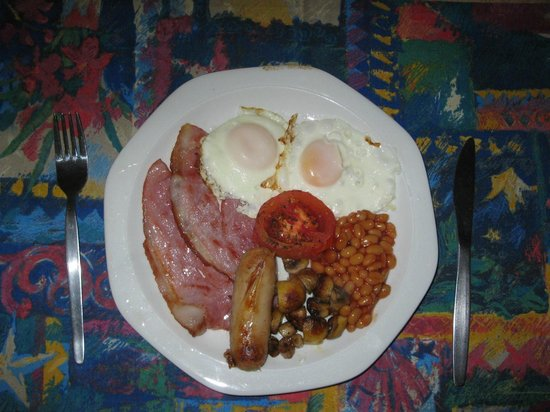Mdoni House Guest Lodge: Full English Breakfast