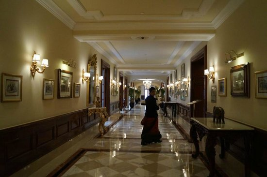 The Imperial Hotel : Beautiful corridors