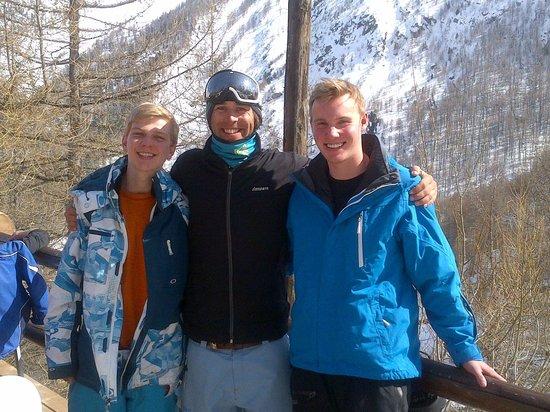 Eskimos Ski School: Alex, and the boys
