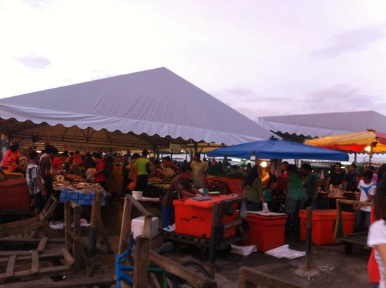 Night Market, Kota Kinabalu : A much better arrangement and orderly conditions