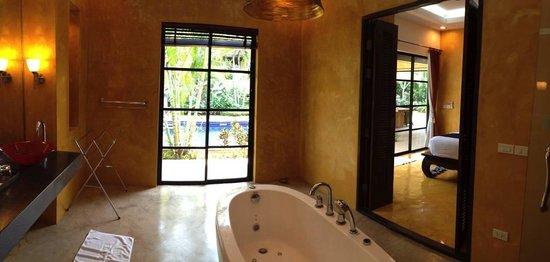 Pa Prai Villa At The Plantation: Bathroom