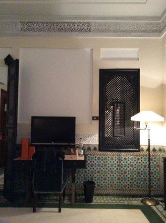 La Mamounia Marrakech : room interior from the bed