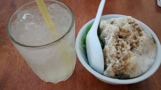 Lao San Cafe: Home made chendol and fresh lemonade juice