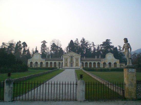 Villa Barbaro: esterna