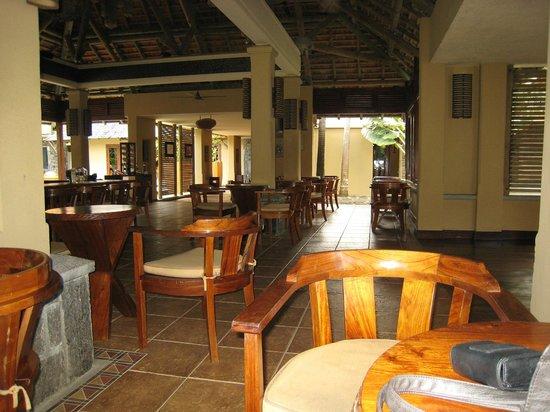 Heritage Awali Golf & Spa Resort : Vue du bar