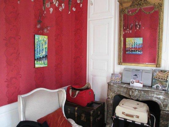 La Maison d'Hotes - La Corne d'Or : Suite Régina : côté salon